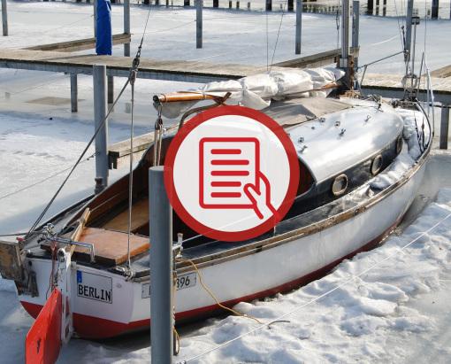 Was sollte beachtet werden, wenn man das Boot im Winter im Wasser liegen lässt?