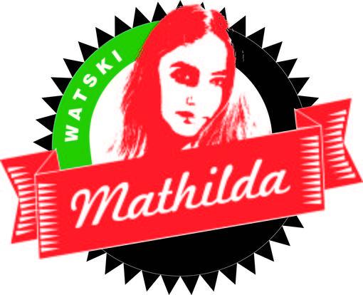 Mathilda testar vattentålig högtalare